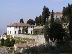 Villa Medici Fiesole by wikipedia