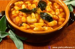 Italian Recipes Fagioli all'Uccelletto beans.